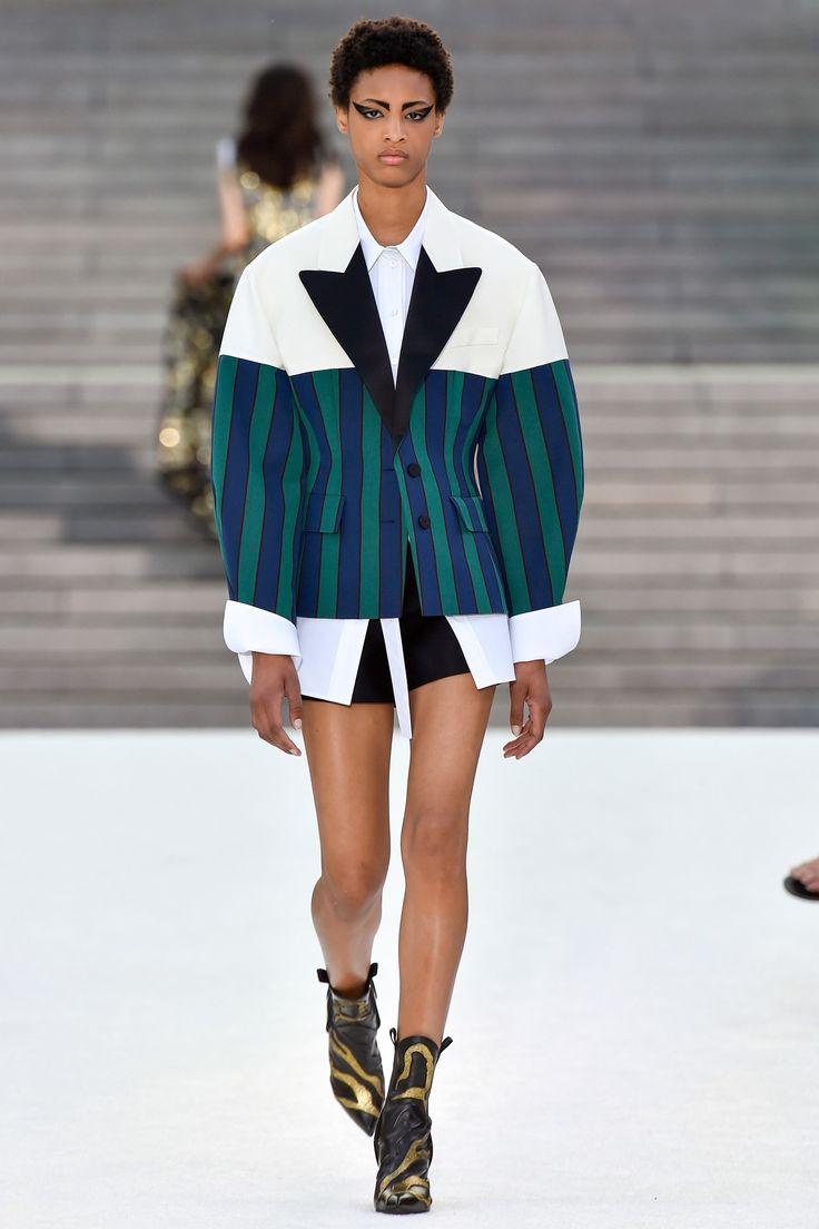 Louis Vuitton Resort 2018 Fashion Trends