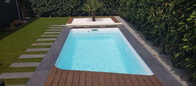 Les 25 meilleures id es concernant piscine coque sur for Piscine polyester prix