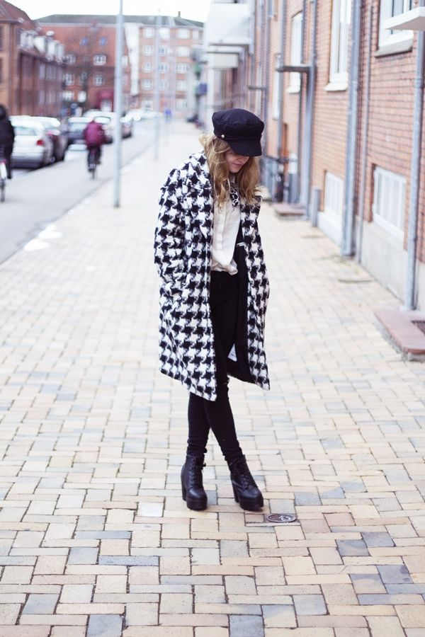 #outfit #hat #jeans #coat #pattern