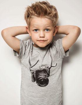 Die Besten 25 Kleinkind Junge Haarschnitt Ideen Auf Pinterest