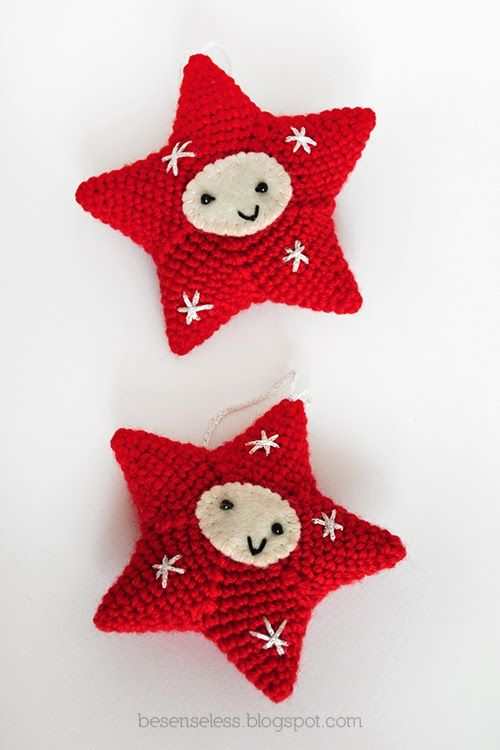 Crochet amigurumi christmas decorations in red and white - besenseless.blogspot.com ✿Teresa Restegui http://www.pinterest.com/teretegui/✿