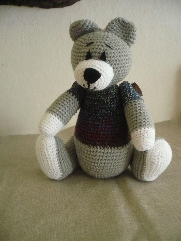 medvěd háčkovaný