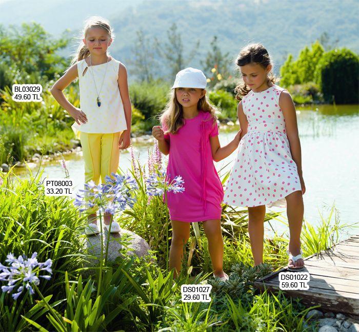 Mevsim ne olursa olsun elbiseler kızların gardrobunun vazgeçilmezidir.   http://www.lialea.com/