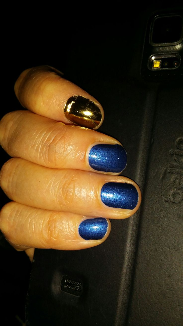 Sapphire and Mirror Metallic Gold. Awesome combination!
