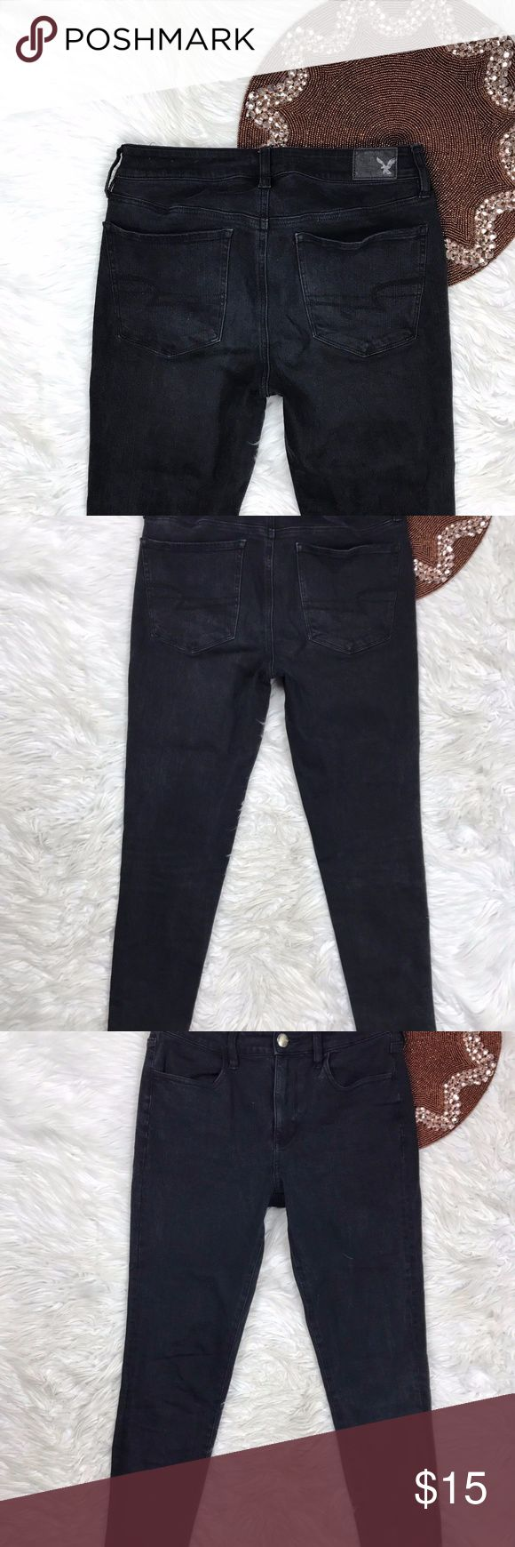 AEO Size 8 360 Super Stretch High Rise Jegging 111 Pre Owned  * Color(s) may vary slightly from photos  * Refer to photos for detail, photos are considered part of the description American Eagle Outfitters Jeans Skinny