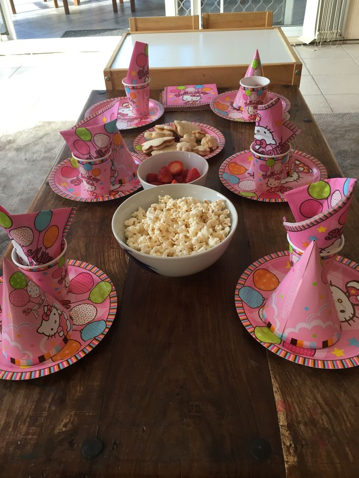 Hello Kitty Party Table Setting for 2 year olds