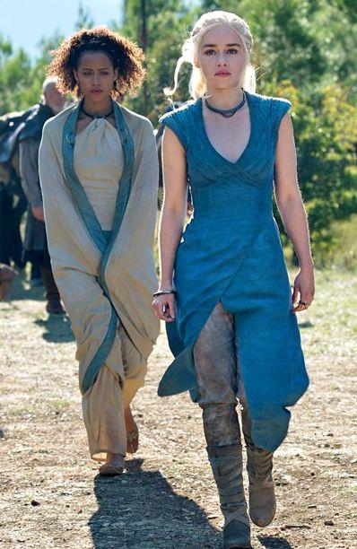 'Game of Thrones': Emilia Clarke ranks her Daenerys costumes   EW.com