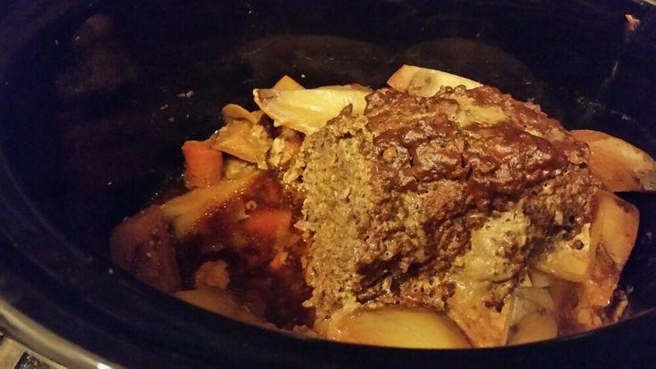 Crockpot – Köttfärslimpa (nästan kålpudding) med glaze och rotfrukter