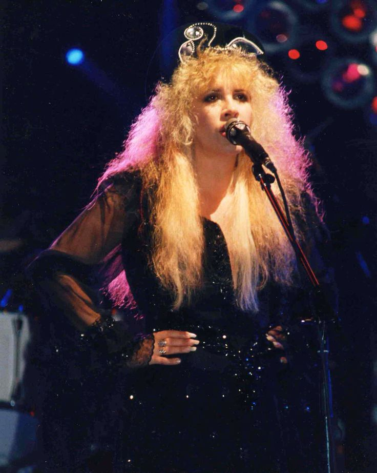 Tango In the Night Tour (1987)