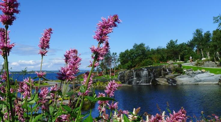 .Flor og fjære, Norway