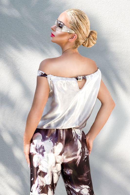 Elegancki satynowy kombinezon Ledor Fashion