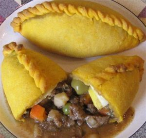 SALTENAS mmmmmm! - Primary ingredients:  grnd beef,  fzn peas n carrots,  egg,  potatoe, unflavored gelatin, butter