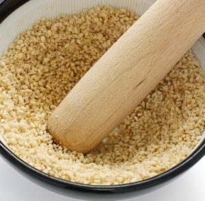 Sesame Seeds Work Better Than Tylenol to Ease Knee Pain Home Remedy - The Peoples Pharmacy