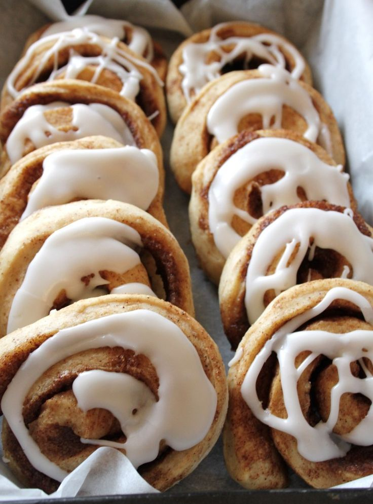 Lækre, snaskede kanelsnegle/cinnamon rolls