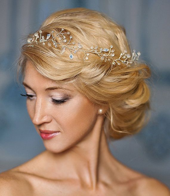 Bohemian wedding crown,Bridal halo, Bridal hair vine, Calla Lily -Bianca
