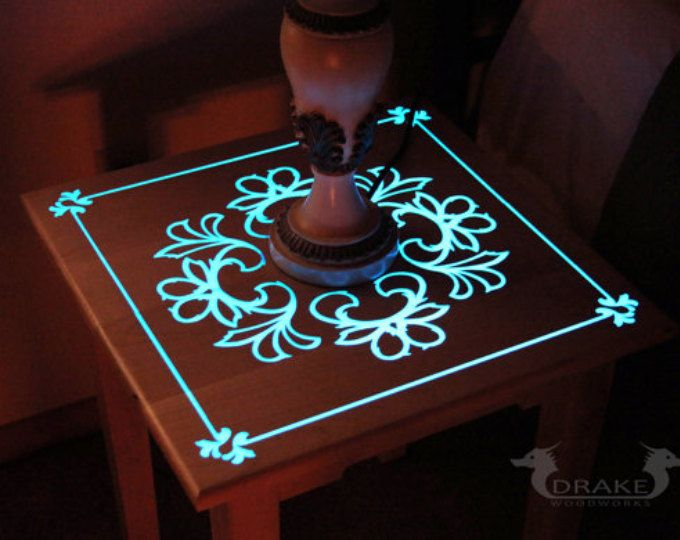 Glow Table, Glow in the dark table, Custom Epoxy Resin End Table #ad