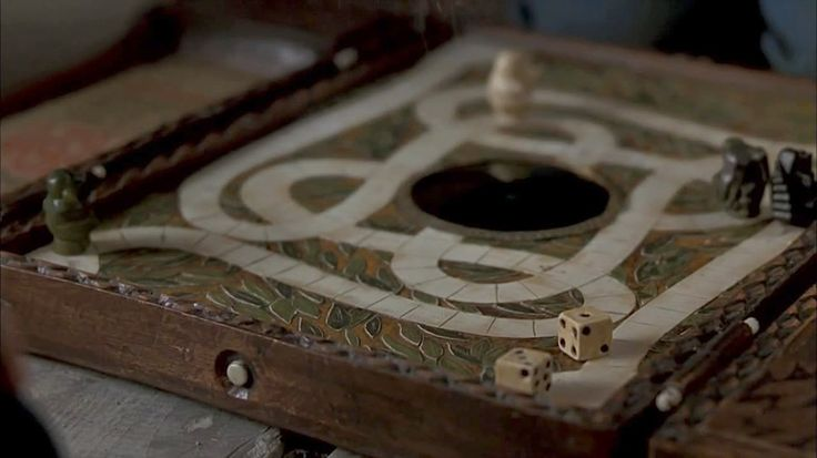 Are You Brave Enough to Use This Hand-Crafted JUMANJI Board? « Nerdist
