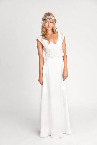 Brautkleid mit Spitzeneinsatz 'Ardourf' von Rembo Styling