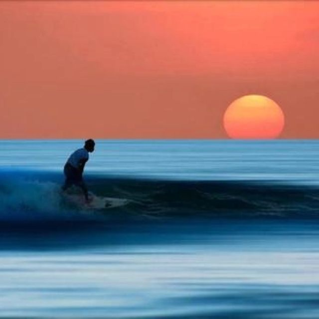 Surfs up dude!!☮