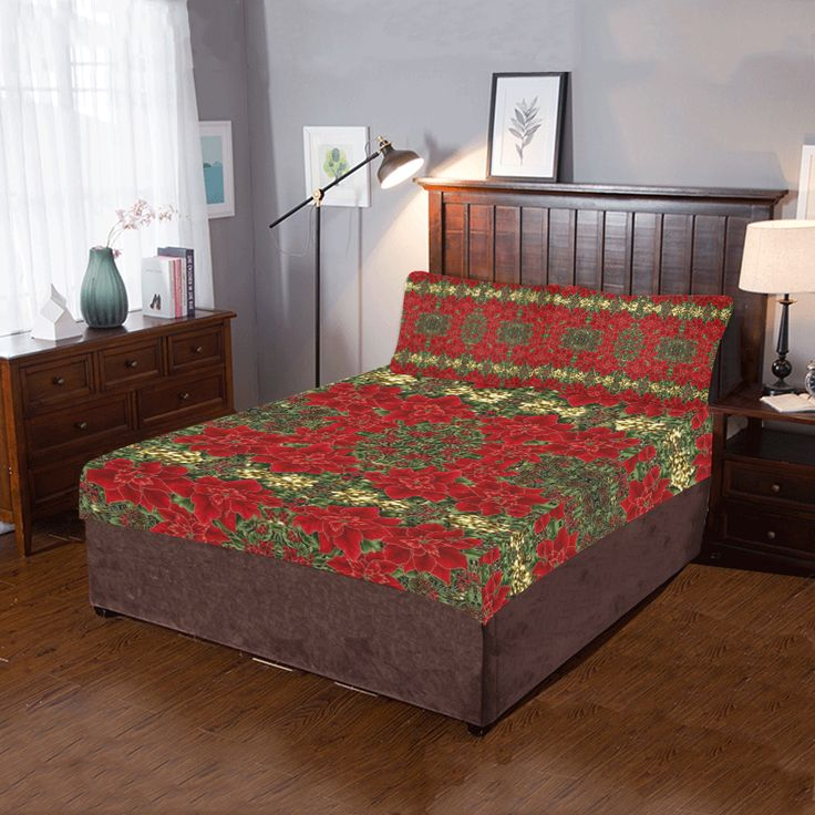Red & Gold Poinsettia Pattern 3-Pieces Bedding Set