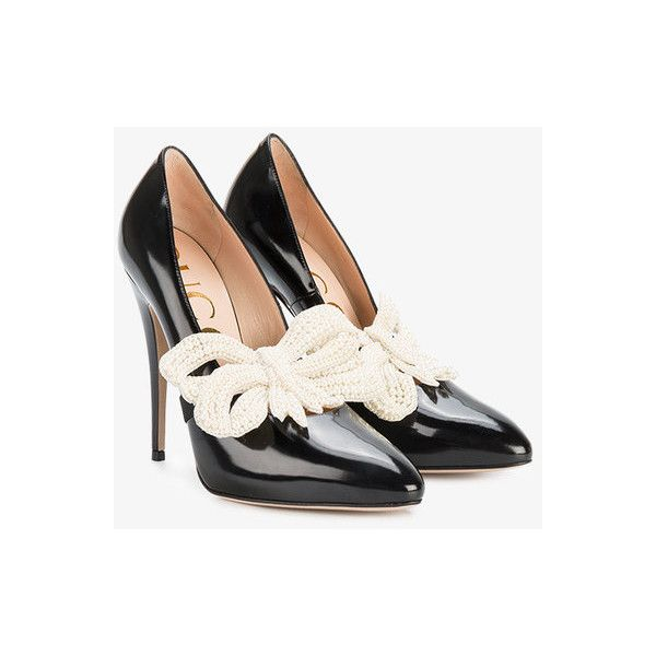 Gucci removable bow pumps (£1,050) ❤ liked on Polyvore featuring shoes, pumps, pointed toe pumps, black slip on shoes, bow pumps, pointy toe pumps and slip-on shoes