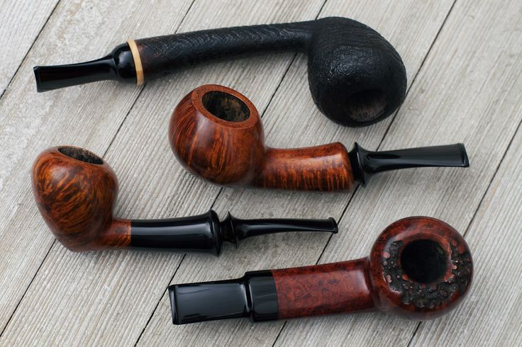 A high-seated quartet from Michail Kyriazanos plus fresh pipes from Lan Zhenjun Mark Price and more. http://smokingpip.es/2p6c8zV