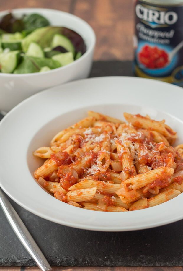 This easy pasta arrabiata recipe is a simple quick healthy meal for four made in less than half an hour. When you're short on time this dish will satisfy.