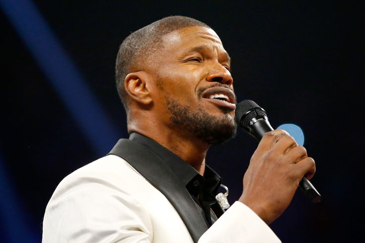 Jamie Foxx SLAMMED for 'Killing' the National Anthem Ahead of Mayweather-Pacquiao Fight