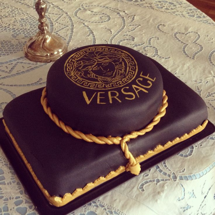 Handpainted Versace Birthday Cake I Made For My Boyfriend