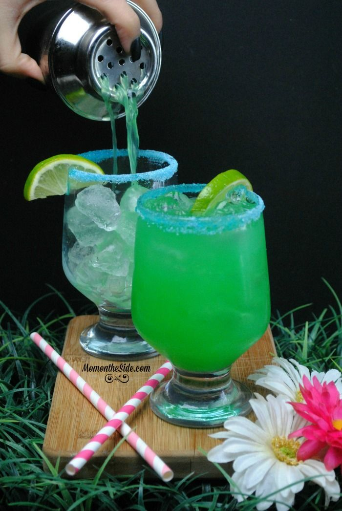 """""""Smoking Hookah"""" Blue Caterpillar Cokctail inspired by Alice through the looking"""