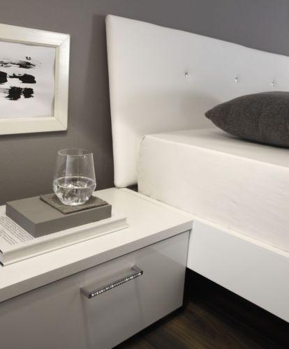 Oltre 25 fantastiche idee su comodini camera da letto su pinterest comodini camera da letto - Comodini camera da letto ...