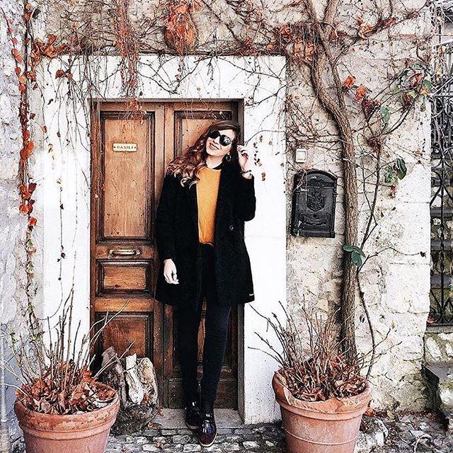 @dianadelorenzi wears her #neubaueyewear #sunnies even in winter. #repost