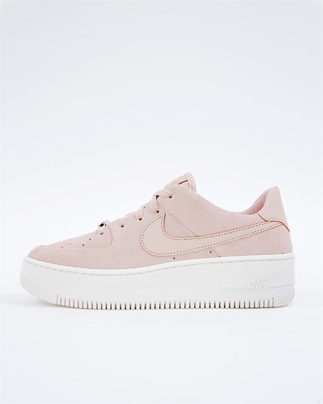 Nike Wmns Air Force 1 Sage Low Ar5339 201 Rosa Sneakers Skor Footish Pink Nike Shoes Nike Shoes Outfits Nike Air Force Outfit