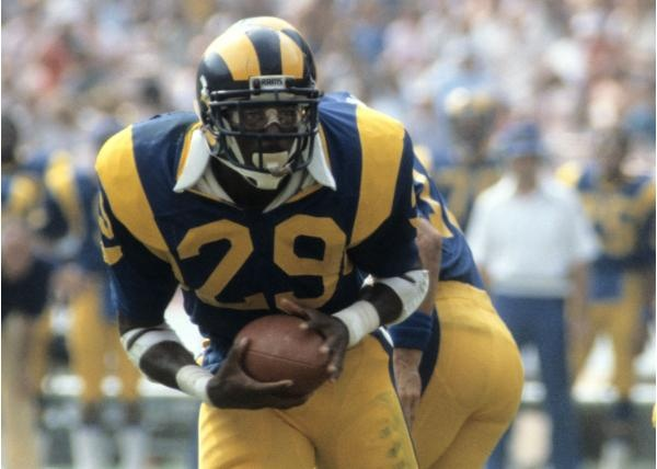 RB Eric Dickerson - St.Louis Rams -Rookie Season-: Football Most What, Nfl Football, Eric Dickerson, Football History, La Rams, Rams Football, Dickerson 29, Angel Rams, America Games