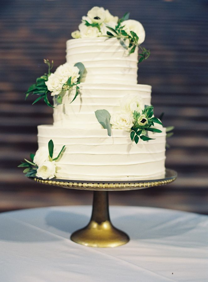 wedding cake classic this wedding is the definition of quot timeless quot classic 22206