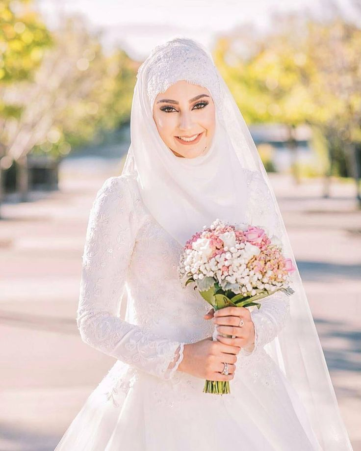 """MashaAllah ♥ Happy bride and bridesmaids ♥ Gorgeous photo by the talented @busraacoskuun  . . . #muslimwedding #hijabbride #muslimweddingideas #nisan…"""