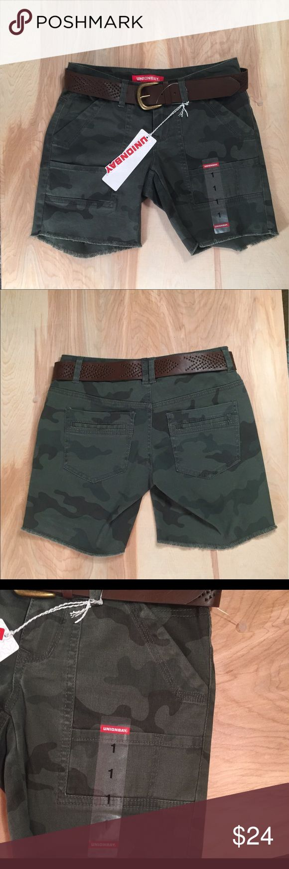 Union Bay camouflage shorts long Sz 1 Juniors NWT Union Bay Cargo style Shorts with belt. cutoff style, long about to knee. Size 1 Juniors UNIONBAY Shorts Cargos
