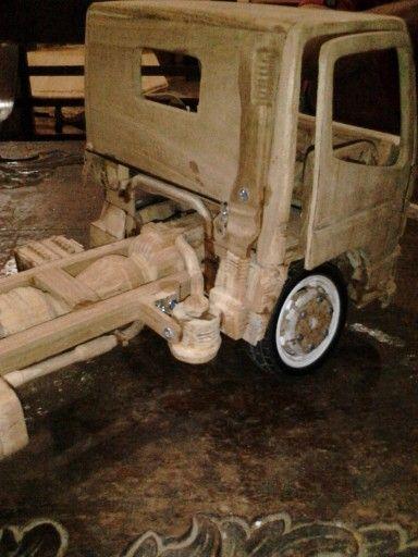 proses truck miniatur