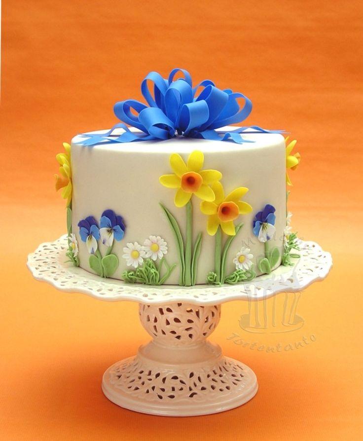 """Springtime"" Cake ~ Sugar Daffodils, pansies and daisies with big sugar bow"