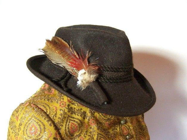 Trachtenmode - Vintage Hut mit Feder, braun, Wollfilz - ein Einzelstück von vampertinger bei DaWanda