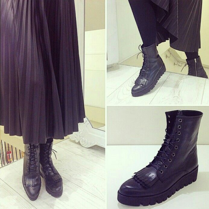 Kricket shoes