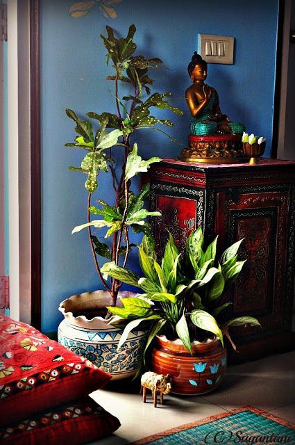 I love the balance of colors here, also enjoying the zen vibe and Indian influence. not my style anymore, but nice
