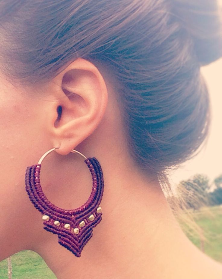 Indian princess bordeauxred macrame hoop earrings