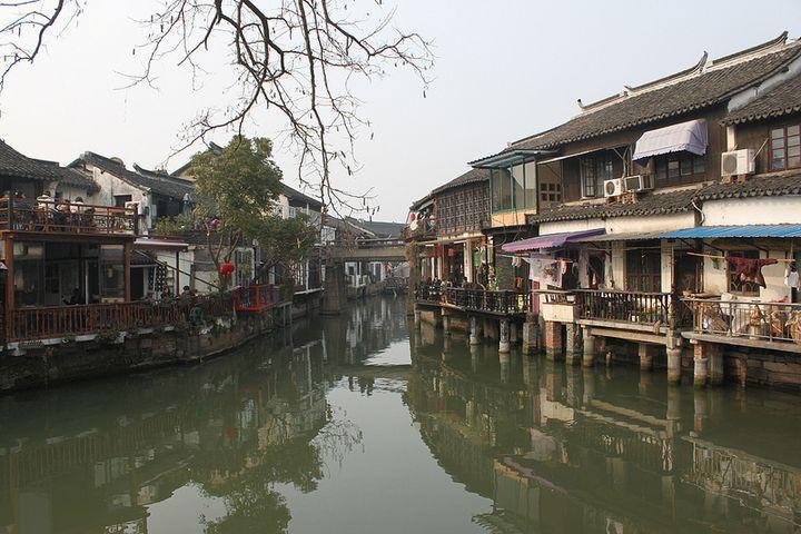 上海郊外,別世界に浸れる水郷です。