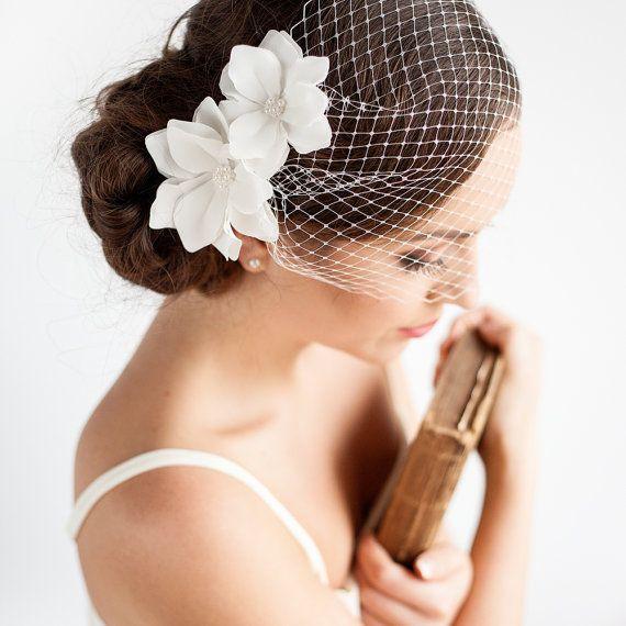 """Cage à oiseaux voile avec fleurs 9 """"- Bandeau Birdcage voile - Mini voile - fleur de Magnolia - Accessoires cheveux de mariage de mariage"""