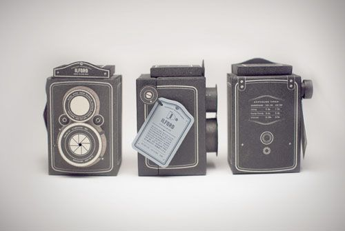 Concept Ilford Film Package Doubles as a Twin-Lens Reflex Pinhole Camera