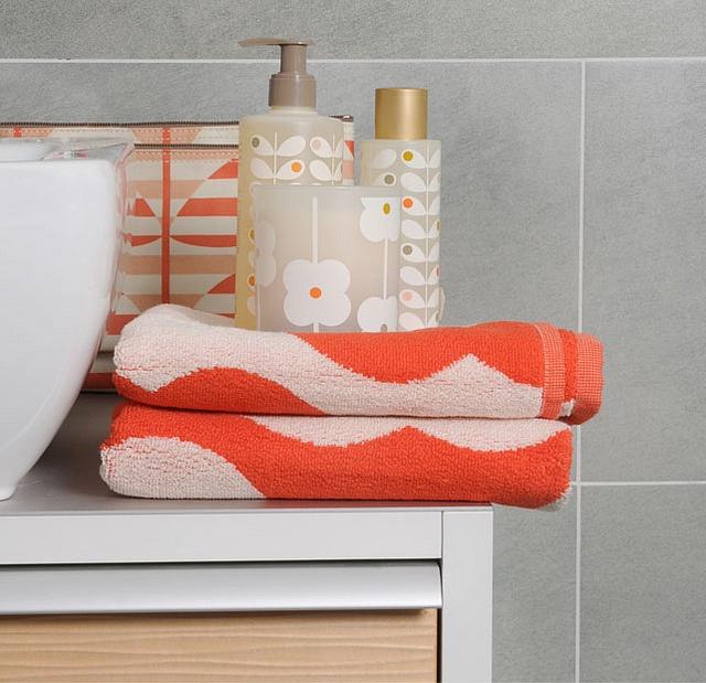 Orla Kiely bathroom http://www.flickr.com/photos/24000551@N02/7138348687/in/photostream/Orla Kiely, Toilets Accessories, Downstairs Toilets, Bathroom Inspiration, Pretty Room, Include Infused, Suzy Downstairs, Bath Stuff, Kiely Bathroom