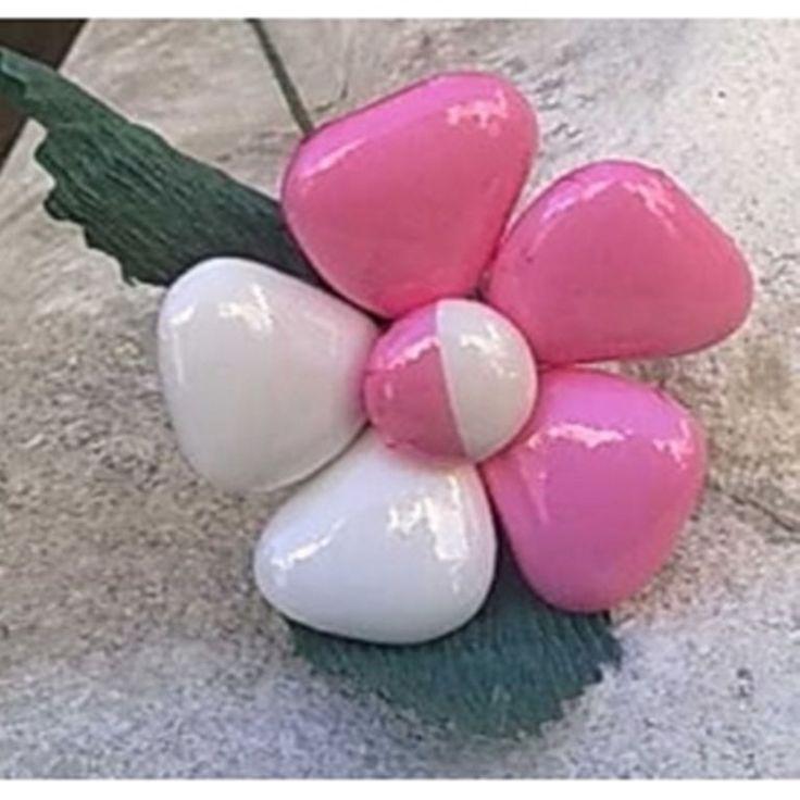 Fiore di confetto Sulmona MARGHERITA  artigianale bomboniera segnaposto nascita