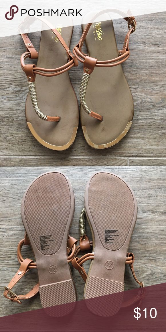 NWOT Mossimo Camel Sandals NWOT Mossimo Supply Co. camel sandals Mossimo Supply Co. Shoes Sandals