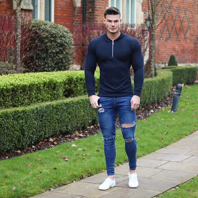 Hope everyone has a great weekend! I'm heading to my hometown for a Charity Ball in Aid of cancer research hosted by one of my friends please donate if possible link below! - L/S Polo - @fathersons_ Jeans - @vendettajeans - http://www.justgiving.com/Rachael-Anderson-shore1?utm_id=26